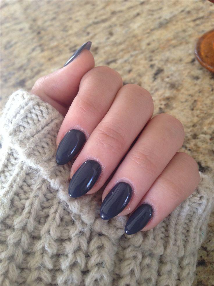 Dark grey stiletto nails for a rainy day.