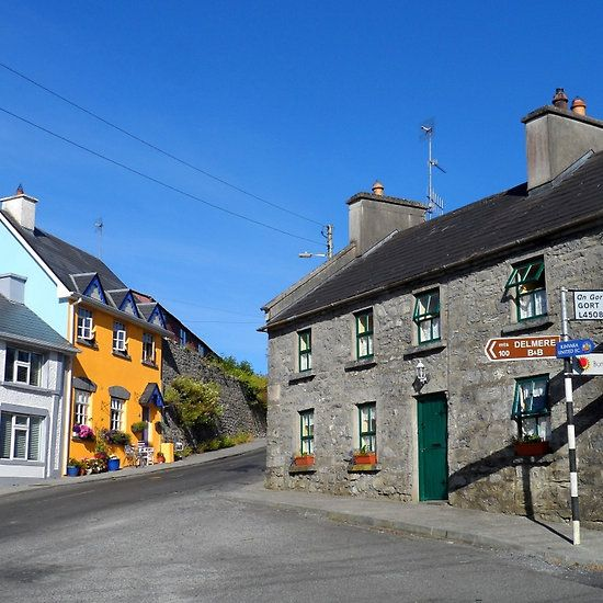 Kinvara Bed & Breakfast. #galway #kinvara #photos #ireland #irish #b&b #buildings #signposts #holidays #destinations #villages #craic