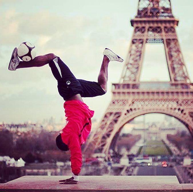 Baers in Paris  #freestylefootball #freestyle #tekkers #skills #paris #France  #football #soccer #futbol #futebol #footballculture #FlatBackFour