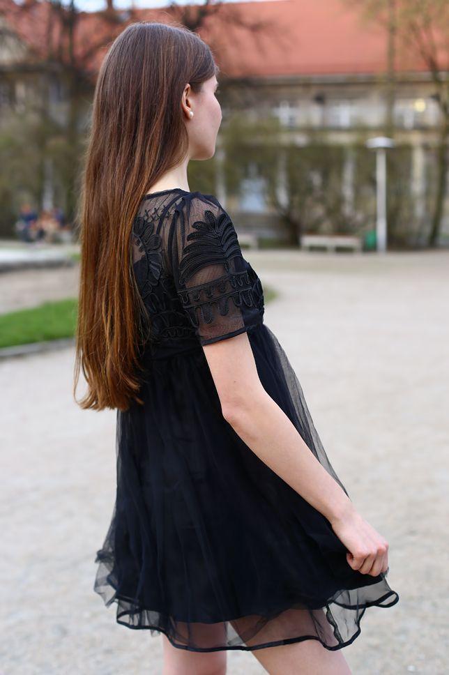 Czarna Tiulowa Sukienka I Bezowe Szpilki Ari Maj Personal Blog By Ariadna Majewska Feminine Dress Dresses Fashion
