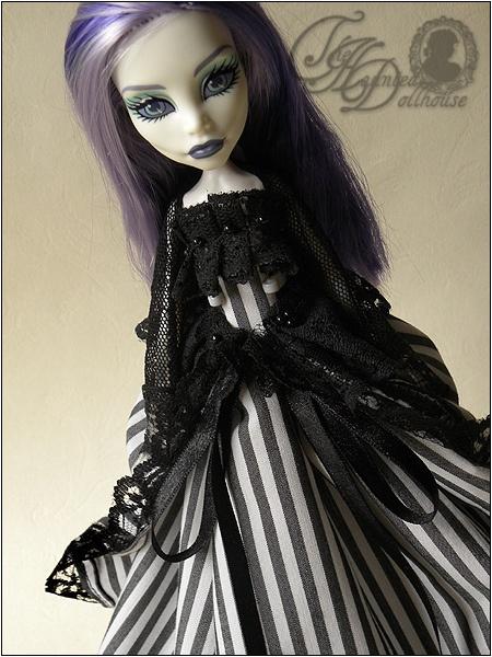 Goth sex doll