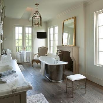 Schön Master Bathroom Fireplace · Französisch Land BadezimmerFranzösisch ...