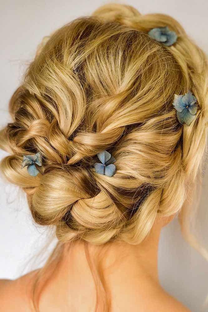 37 Great Hair Updos For Christmas Mit Bildern Stilvolle Frisuren Frisuren Frisur Hochgesteckt