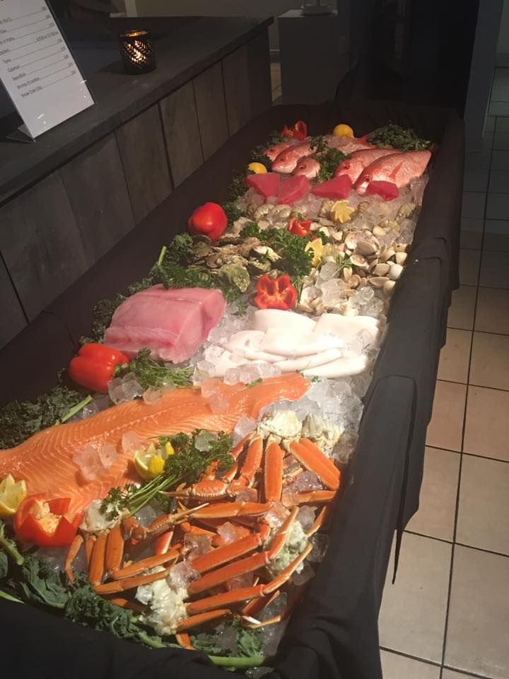 Fresh Market Seafood available twice a month on Thursday night - Sunday Night (dinner service only).