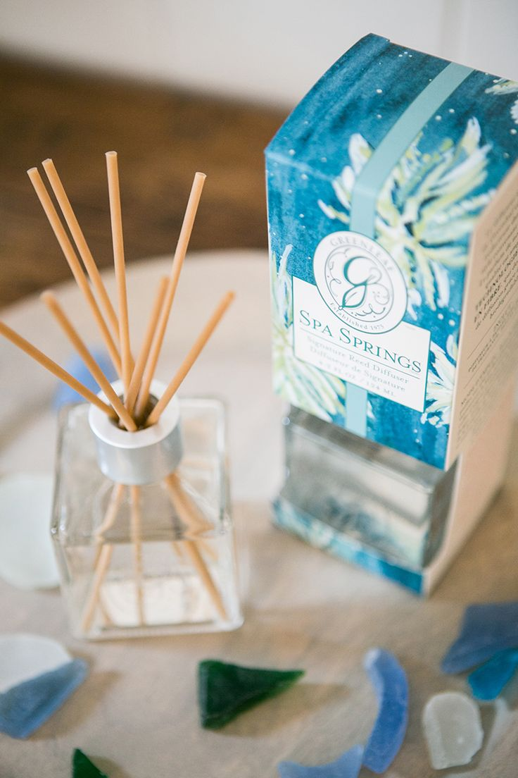 Greenleaf's Spa Springs fragrance: Aquatic notes are brightened with bergamot and green tangerine and balanced with musk and amber in a refreshing blend. Our reed diffusers come with fiber reeds that never need flipping or changing!