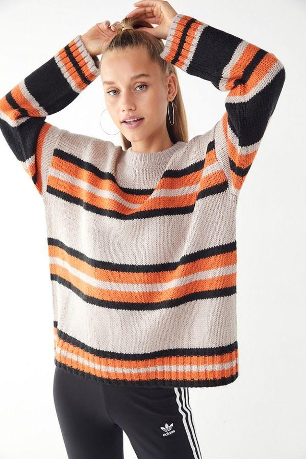 29a6238e18 Slide View  4  UO Bobby Boyfriend Striped Crew-Neck Sweater Boyfriend  Sweater