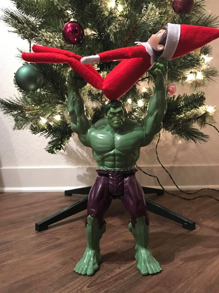 We are only two weeks away from December which means it's time for Elf on the Shelf! These our favorite Elf on the Shelf ideas for the holiday season.