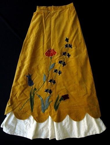 Vintage 60's 70's Hippy Flowers BOHO Peasant Long Maxi Velvet Skirt XS Waist