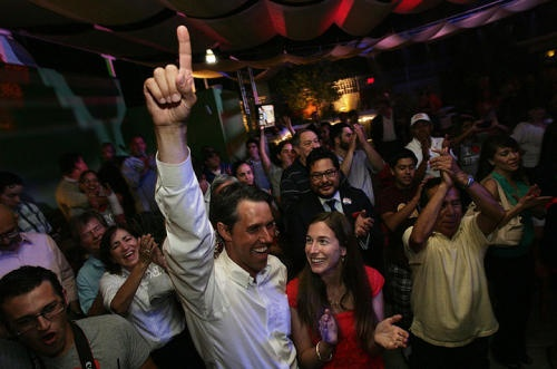 Beto O'Rourke ousts eight-term U.S. Rep. Silvestre Reyes! #betoforcongress: Photosphoto Ideasart, Oust Eightterm