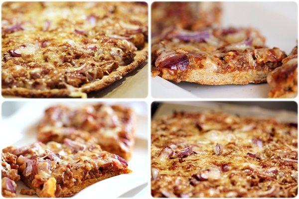 Oppskrift pizzabunn: 50g havregryn 50g bakepro 100g speltmel 50g fullkornsmel 20g kokosmel (kan erstattes med annen tørrvare) 2 ts fiberhusk (kan erstattes med mer tørrvare) 2 ss olje 1/2 pose tørrgjær 1,5-2 dl lunkent vann en klype salt