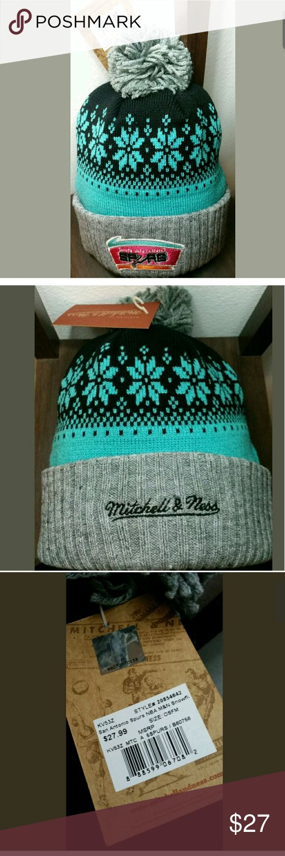 BEANIE MITCHELL NESS NWT GREAT FOR THIS WINTER!! MITCHELL NESS SNOWFLAKE SPURS RETRO KNIT HAT GET THIS FOR A GIFT FOR A SPURS FAN THIS HAT FEATURES THE RETRO SPURS COLORS!! PLEASE BUNDLE ITEMS FOR DISCOUNTS!!! FOLLOW mrl_07_88 on instagram Mitchell & Ness Accessories Hats
