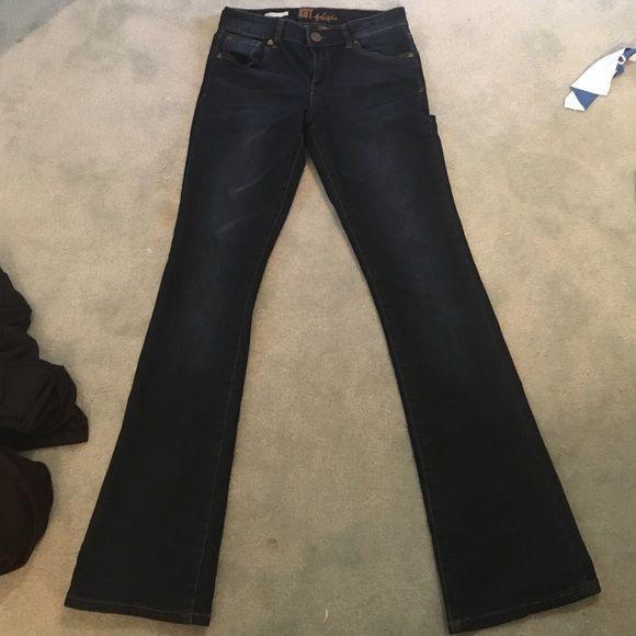 Kut jeans sz 2. Meryl high rise boot cut Kut jeans never worn size 2. Meryl high rise boot cut Kut Jeans Boot Cut