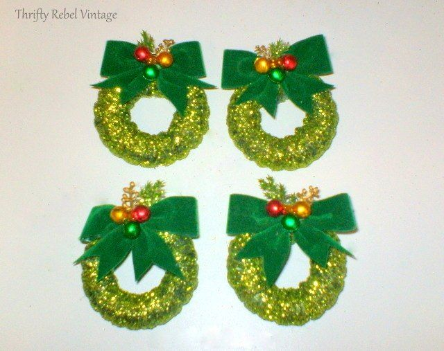 Curtain+Ring+Wreath+ornaments