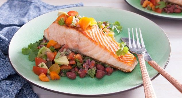 Start summer with this beautiful Mexican Style Crispy Skin Salmon dish! Thanks to Em's Food for Friends for the recipe.  #pescetarian #seafood #recipe