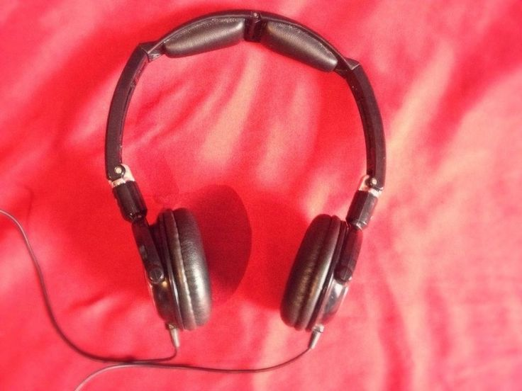 Skullcandy Lowrider Foldable Headphones