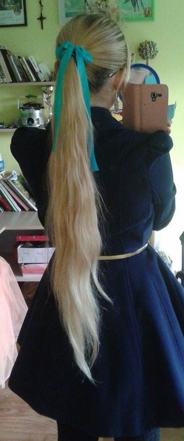 My pony tail - Angel-a #long #hair #very #verylonghair #longhair #ponytail #pony #tail #hairstyle #longhairstyle #rapunzel #golden #blonde