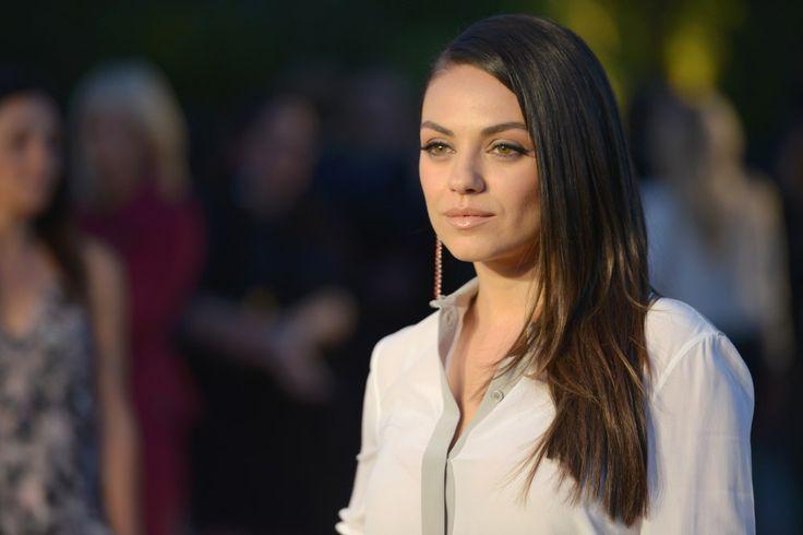 Mila Kunis, critiquée alors qu'elle allaitait en public