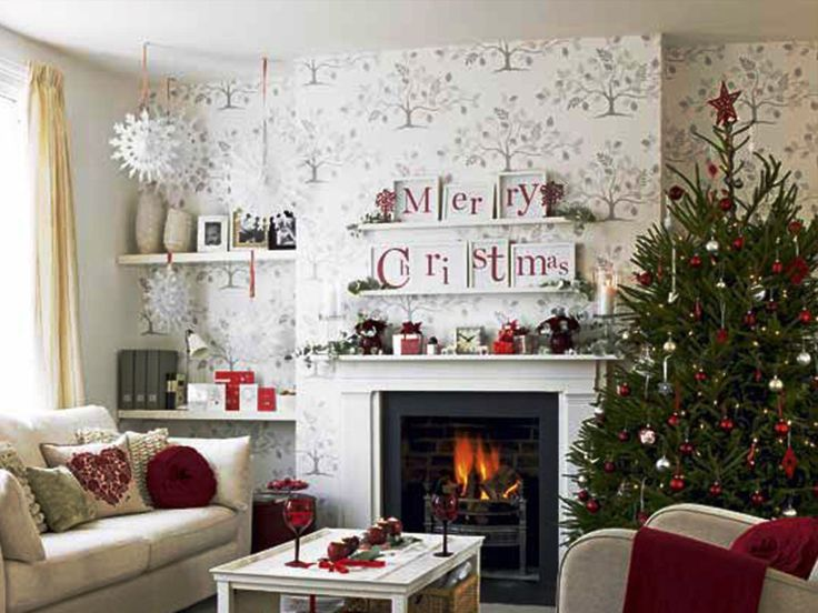 1000 Ideas About Christmas Living Rooms On Pinterest Christmas House Decorations Xmas