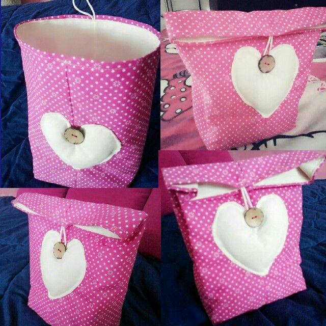 Cute litle bags, favor bag, lunch bag, souvenir bag.