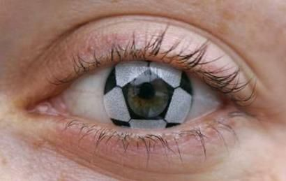 eye of the tiger.: Halloween Contact, Eye Contact, Craziest Contact, Soccer Ball, The Games, Basketb, Lens Contact, Ball Contact, Contact Lens