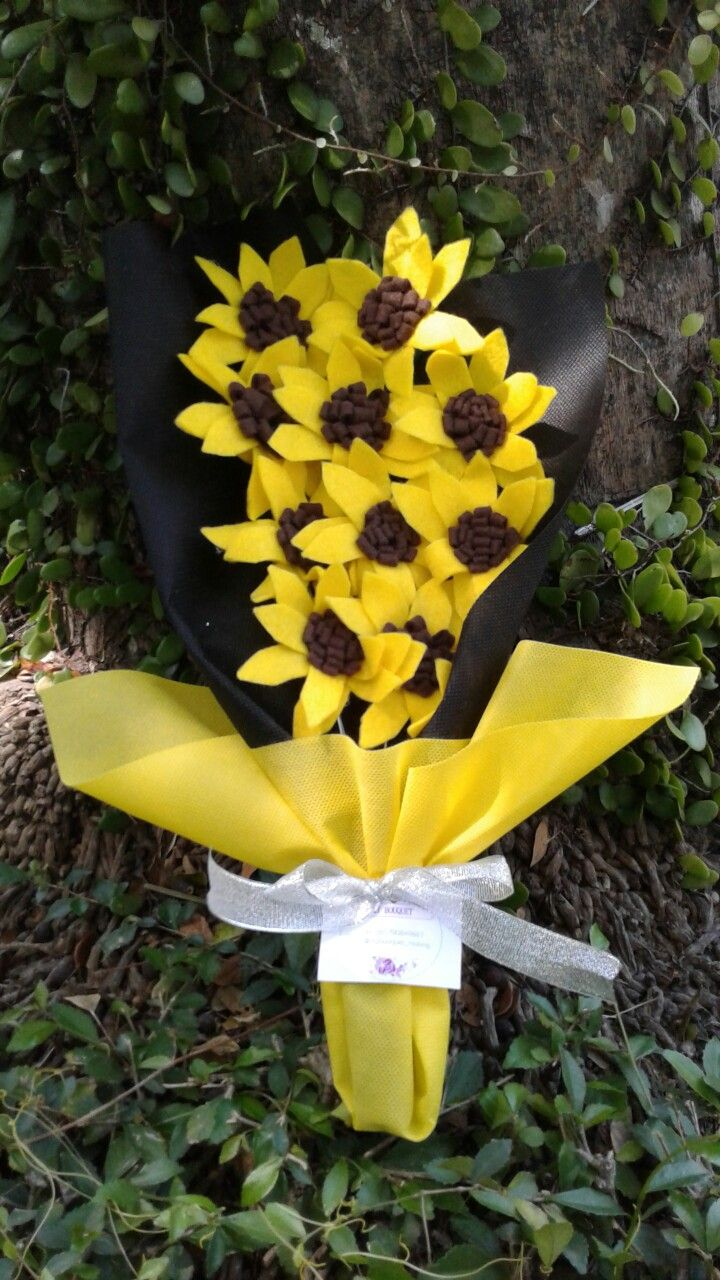 Buket bunga kain flanel. Follow instagram mybouquet