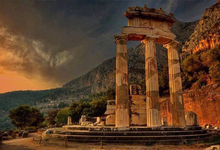 Delphi, Greece - Places to Visit