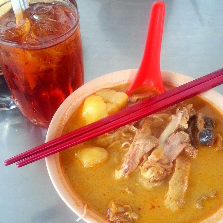 Kari Ayam Tabona