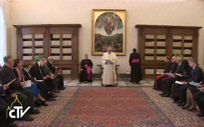 Incontro in Vaticano tra il 'Papa' e una delegazione dell'Alleanza Evangelica Mondiale