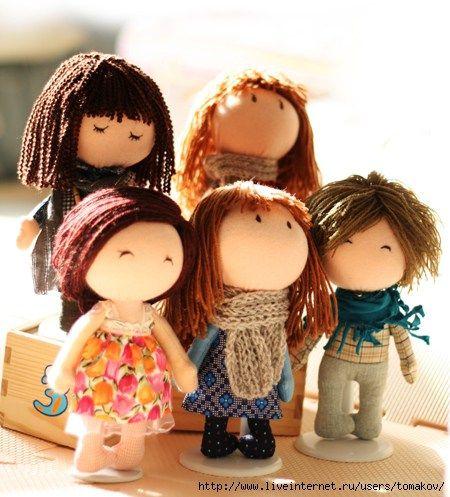 Patrón de pequeña muñeca