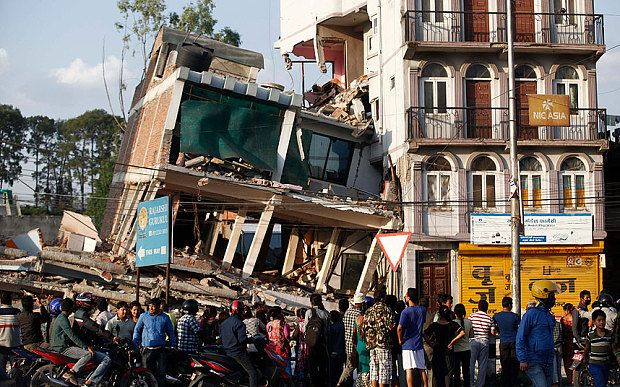 #NepalEarthquake latest news: US helicopter 'still missing'