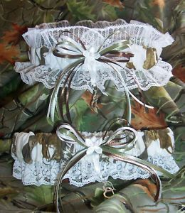 Love it.    SNOW CAMO realtree wedding garter SET by kits257, $19.99 like the white camo for my dress