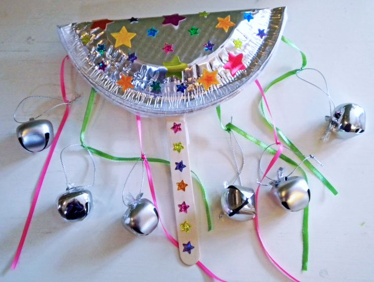 purim gragger idea DIY New Years Noise Maker with aluminum pan & bells- purim- raashan- פורים- רעשן