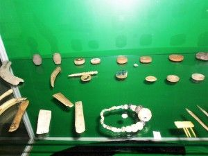 Bijuterii descoperite la Orheiul Vechi http://presadeturism.ro/basarabia-drumuri-de-lumina/