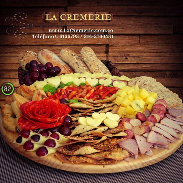 Ven y prueba nuestras tablas de quesos con encurtidos y hojitas crujientes !!  Wp. 3203245231