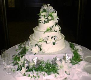top wedding cake vancouver 28 best larsons bakery images on vancouver 21109