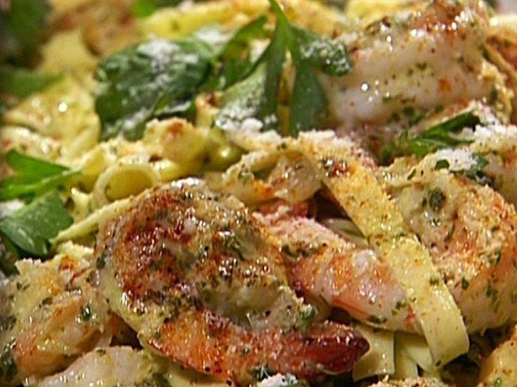 Shrimp with Linguine in a Pesto Cream Sauce recipe from Emeril Lagasse. I used Williams Sonoma pesto recipe. I used skim milk instead of cream.