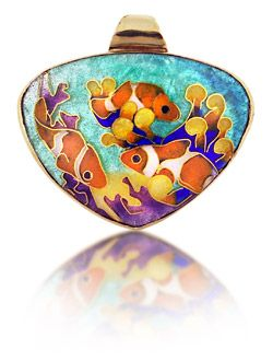 clownfish-in-reef-necklace
