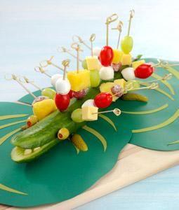 Deze gemaakt voor Tygo's verjaardag, groot succes bij de kids!!! Ook lekker met kaas, druifjes en knakworst!