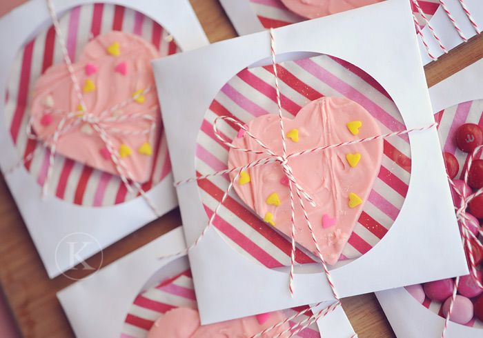 Using a cd sleeve to package treats - genius.  The napkin inside makes for a useful, colorful decoration.