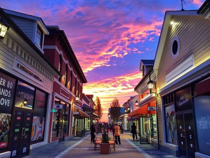THE BEST OF VANCOUVER SHOPPING: A TOP 10 LIST