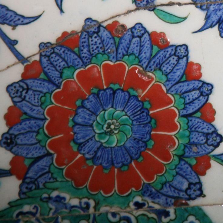 Sokullu mehmet paşa camii çinilerinden detay