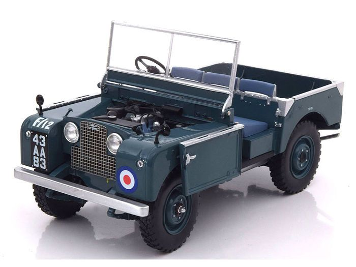 Minichamps - Scale 1/18 - Land Rover Series 1 RAF 1948