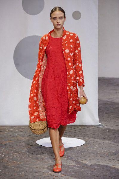 Daniela Gregis at Milan Fashion Week Spring 2014 - StyleBistro