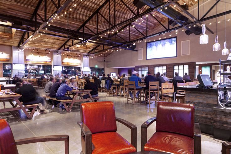 The Deloitte University cafeteria. Image courtesy of JLL.