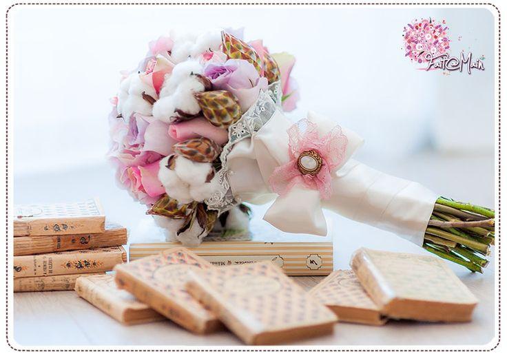 """""""La Dame aux Camelias"""" wedding bouquet"""