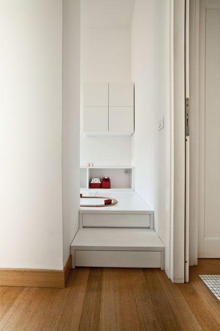 Camera per un bambino | pedana-rifugio-contenitore | Madori design