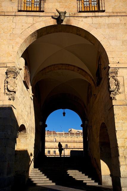 Walk through the archway, Salamanca, Castile Leon, Spain