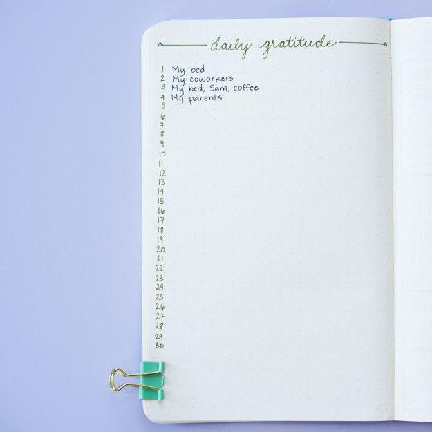 Defina um registro de gratidão todo mês.