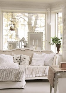 ♕ Hvítur Lakkrís living room ~ she changes it around from time to time, but it is always, always beautiful.