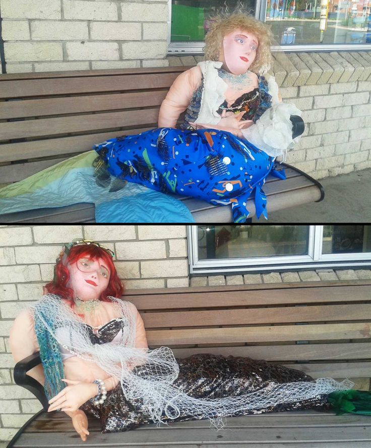 Pair of mermaids outside the Information Center at Narooma.